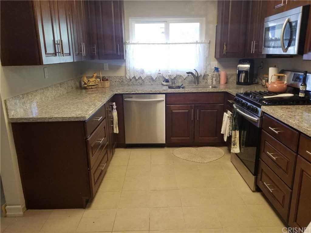 $425,000 - 2Br/2Ba -  for Sale in Friendly Valley (frv), Newhall
