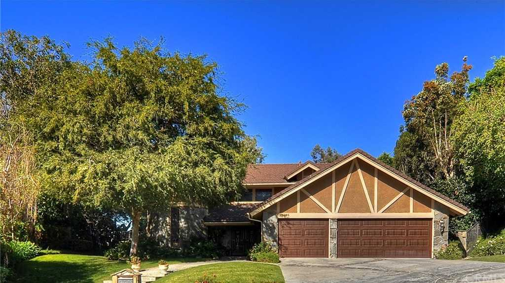 25295 Gallup Circle Laguna Hills, CA 92653