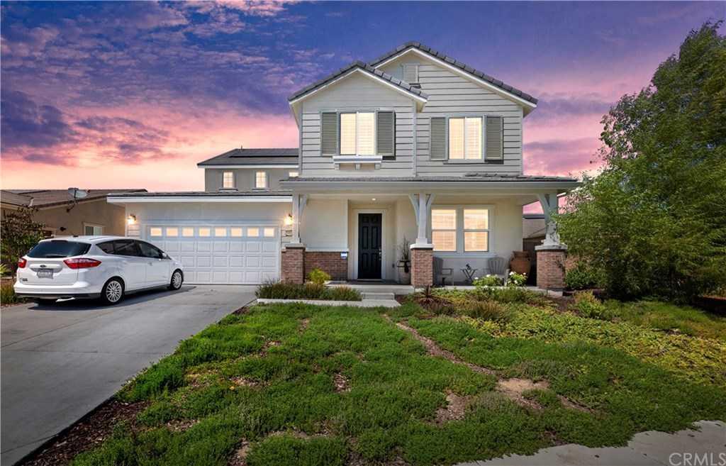 $729,900 - 5Br/3Ba -  for Sale in Riverside