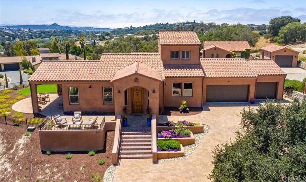 $1,579,000 - 4Br/5Ba -  for Sale in East Of 101(500), Arroyo Grande