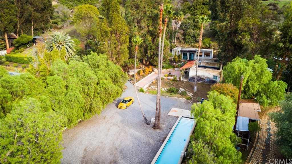 $1,995,000 - 3Br/3Ba -  for Sale in Canyon (cyn), Laguna Beach