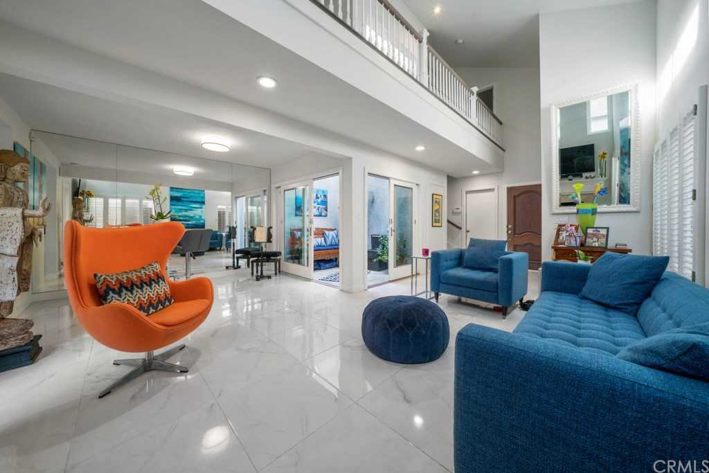 $1,150,000 - 3Br/3Ba -  for Sale in Newport Heights (newh), Newport Beach