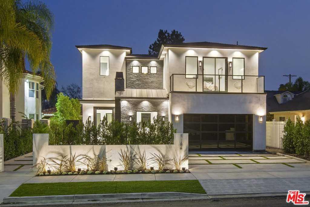 $2,850,000 - 5Br/6Ba -  for Sale in Encino