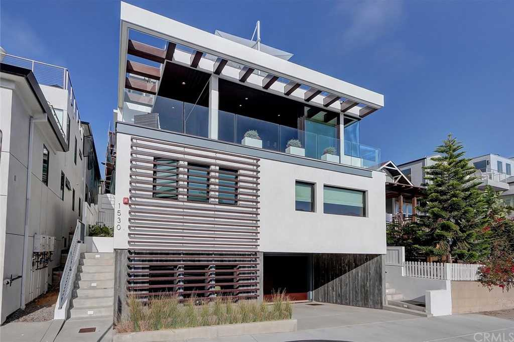$4,795,000 - 4Br/4Ba -  for Sale in Hermosa Beach