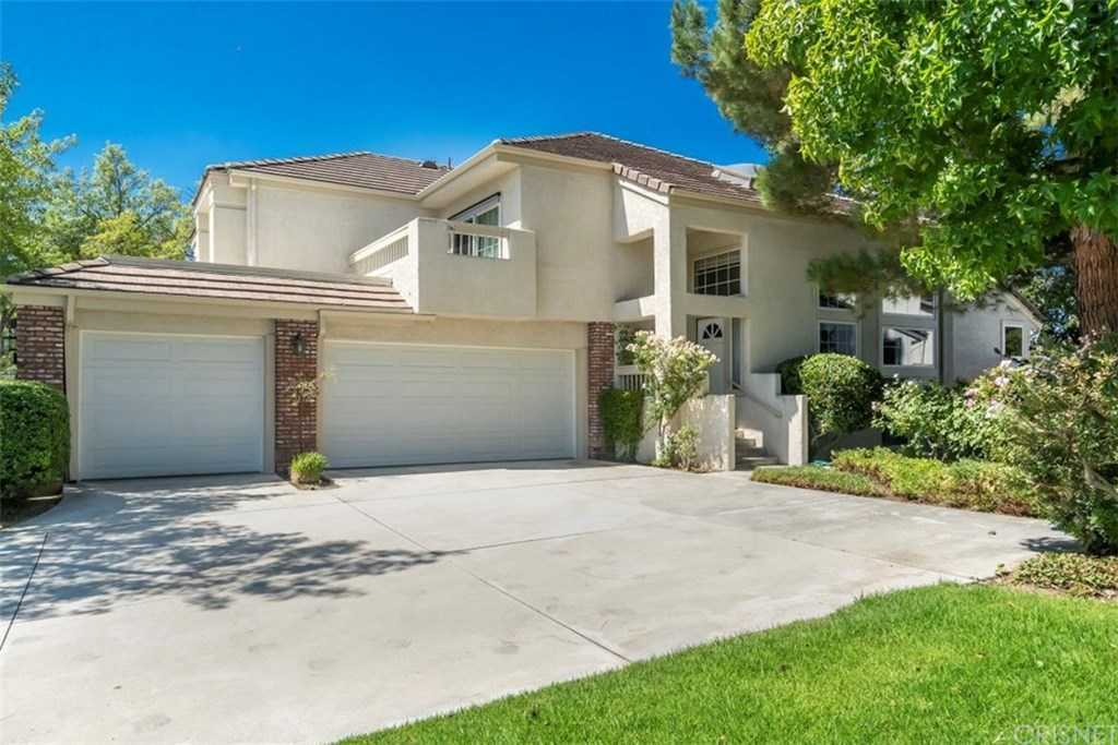 $675,000 - 3Br/3Ba -  for Sale in Stratford Collection (stfd), Valencia
