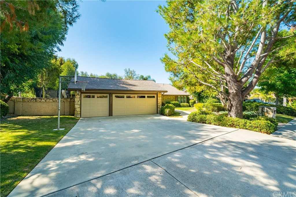 24902 Buckboard Lane Laguna Hills, CA 92653