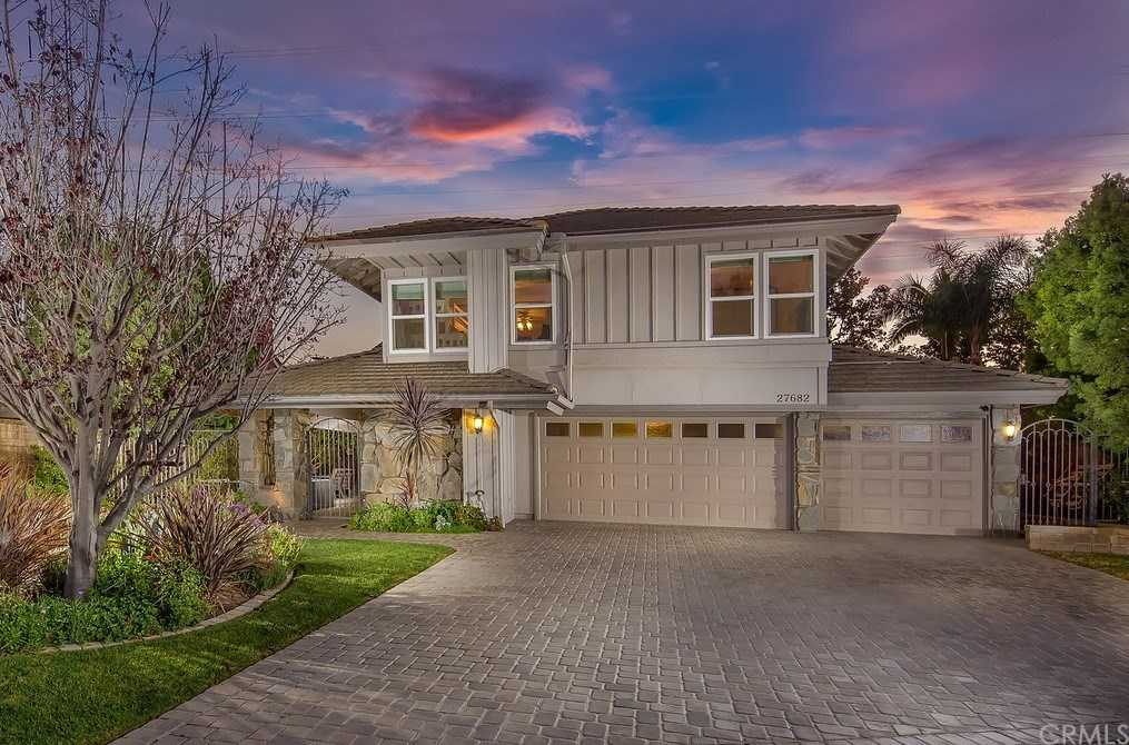 $1,050,000 - 4Br/3Ba -  for Sale in Mission Woods (mw), San Juan Capistrano