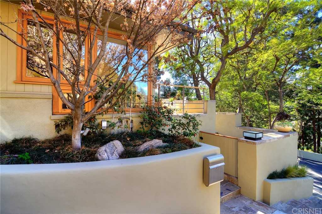 $11,500 - 4Br/4Ba -  for Sale in Beverly Hills