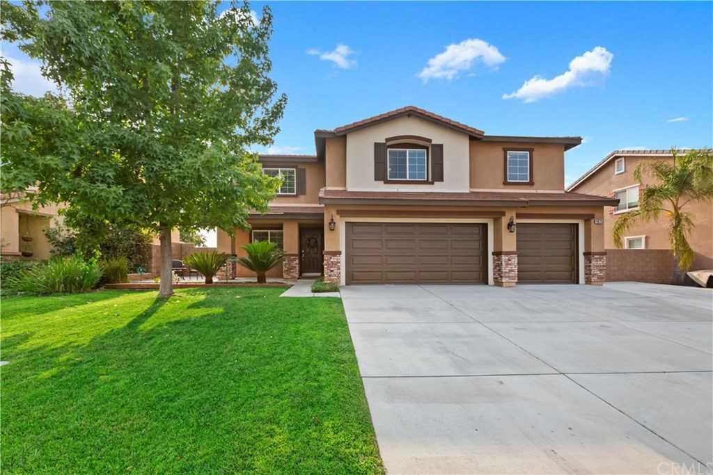 $589,900 - 5Br/3Ba -  for Sale in Riverside