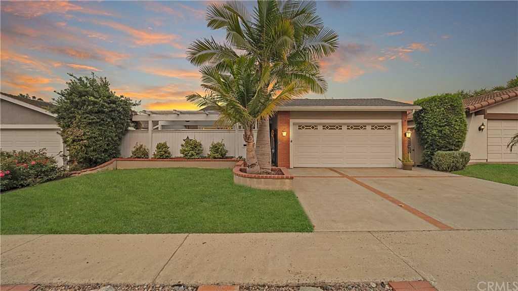 $840,000 - 3Br/2Ba -  for Sale in Vista Del Verde (vv), San Clemente