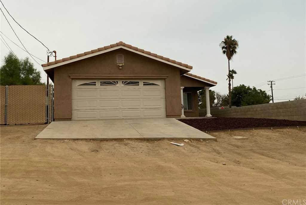 $459,900 - 3Br/2Ba -  for Sale in Riverside