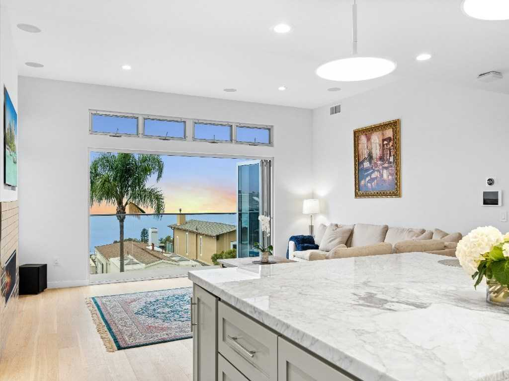 $3,499,999 - 4Br/4Ba -  for Sale in Arch Beach Heights (abh), Laguna Beach