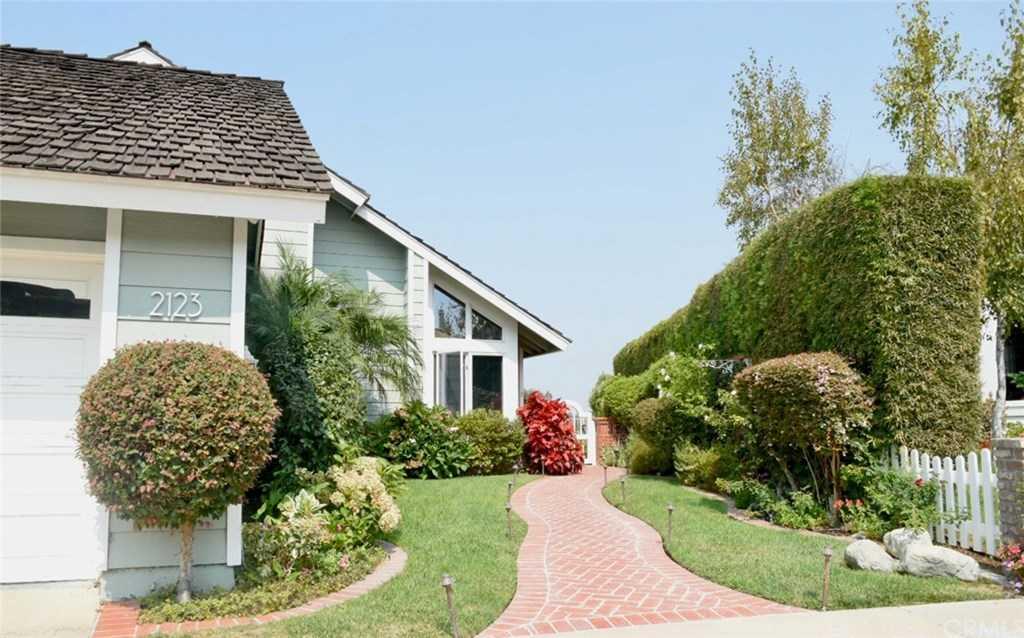 $2,895,000 - 4Br/3Ba -  for Sale in Seaview (seav), Newport Beach