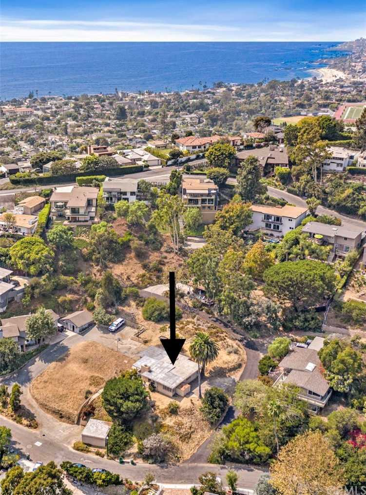 $2,000,000 - 3Br/2Ba -  for Sale in Temple Hills (th), Laguna Beach