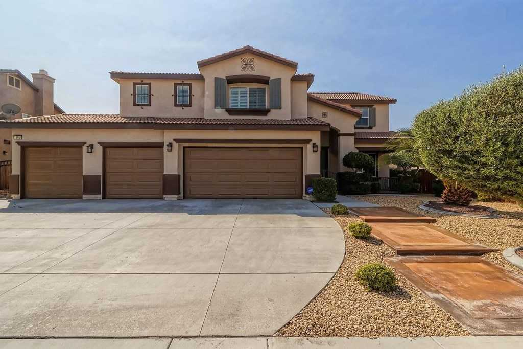 $420,000 - 5Br/3Ba -  for Sale in Victorville