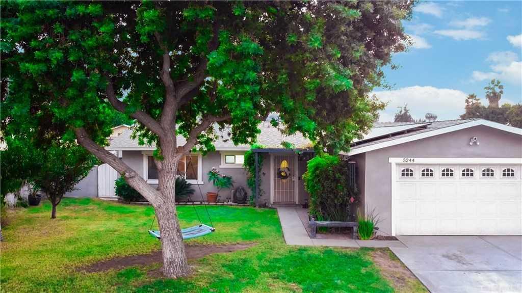 3244 Layton Ct Riverside, CA 92503