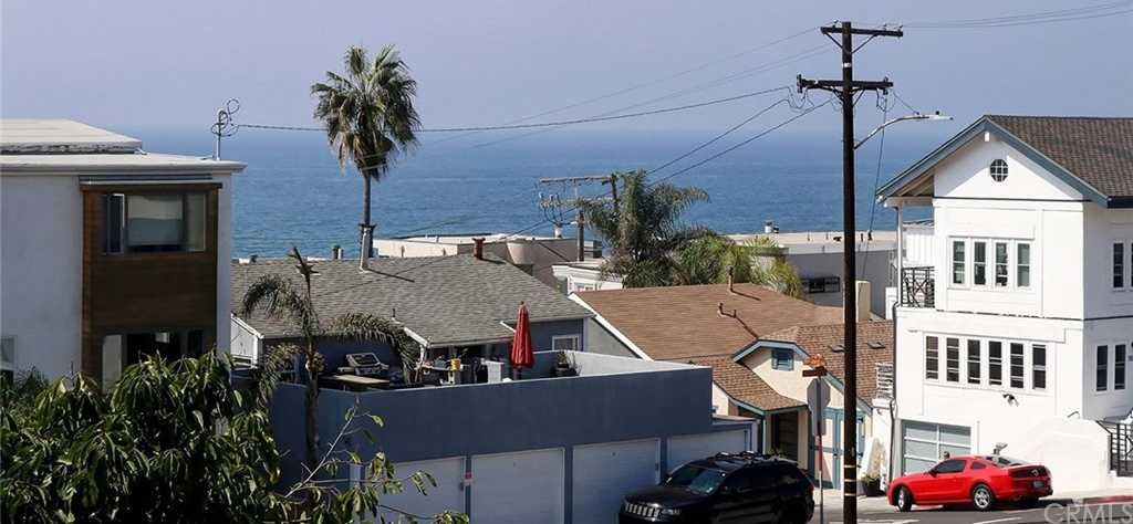 $2,999,999 - 3Br/3Ba -  for Sale in Hermosa Beach