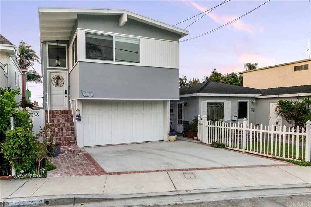 $1,400,000 - 3Br/2Ba -  for Sale in Hermosa Beach