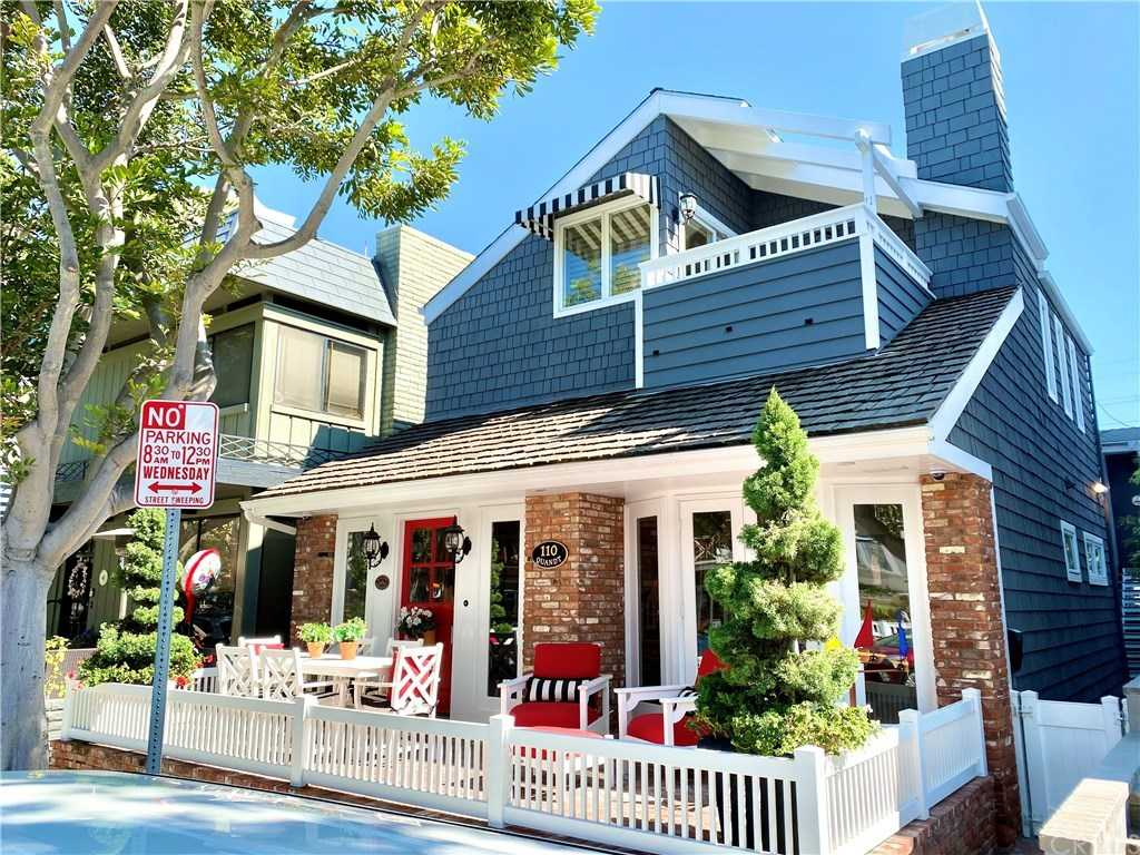 $2,850,000 - 5Br/4Ba -  for Sale in Balboa Island - Main Island (balm), Newport Beach