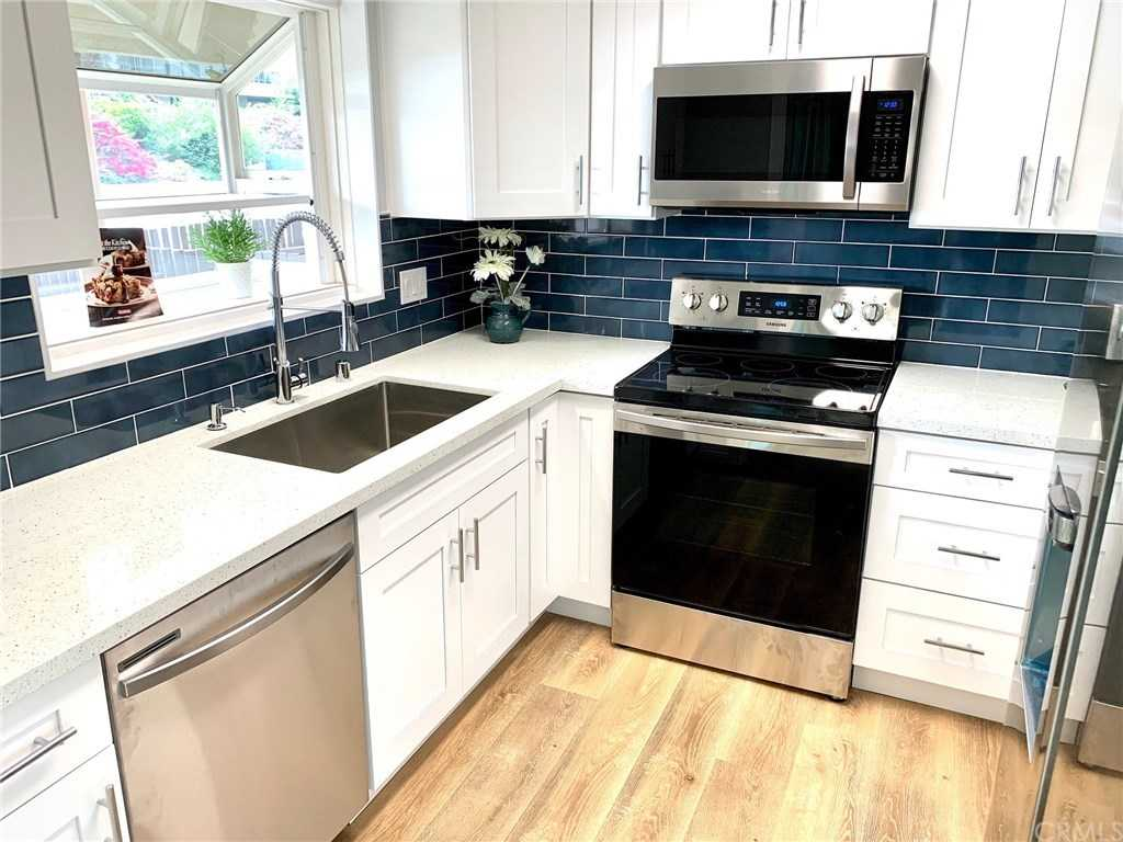 $549,000 - 1Br/2Ba -  for Sale in Torrance