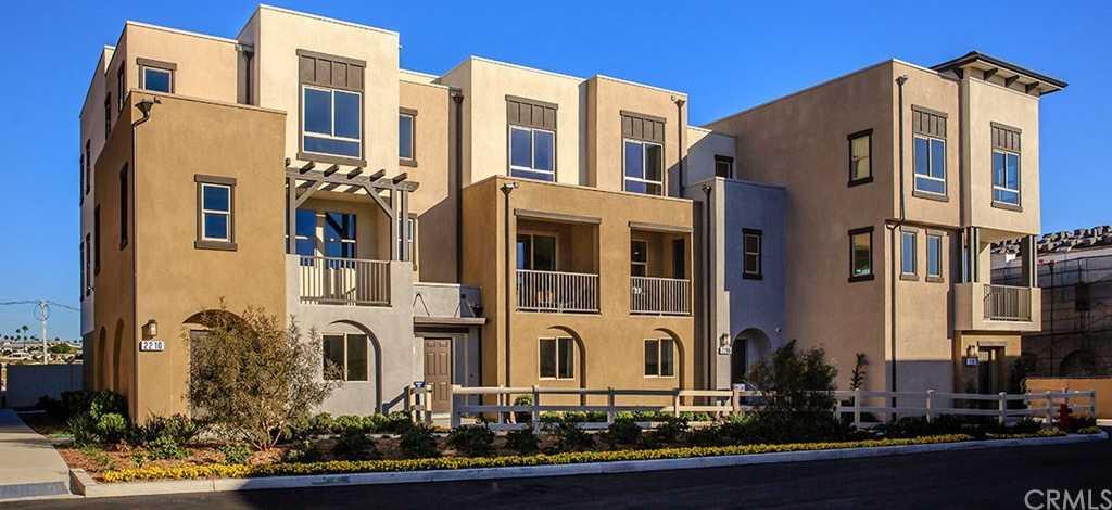 $592,900 - 4Br/4Ba -  for Sale in Vista, Vista