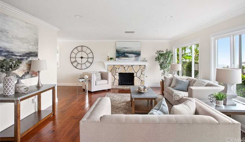 $1,795,000 - 5Br/3Ba -  for Sale in Top Of The World (tow), Laguna Beach