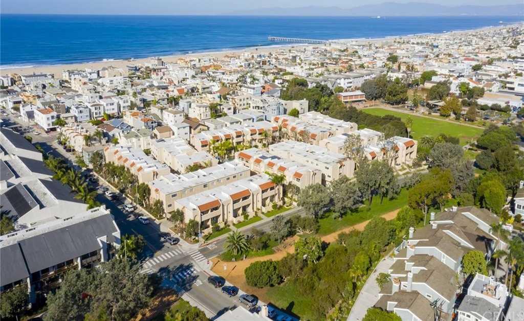 501 Herondo St Apt 49 Hermosa Beach, CA 90254