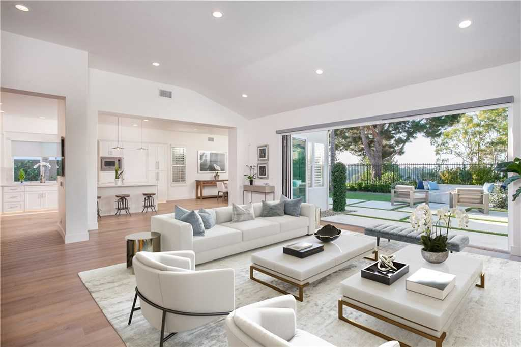 $2,808,000 - 4Br/3Ba -  for Sale in Newport Coast