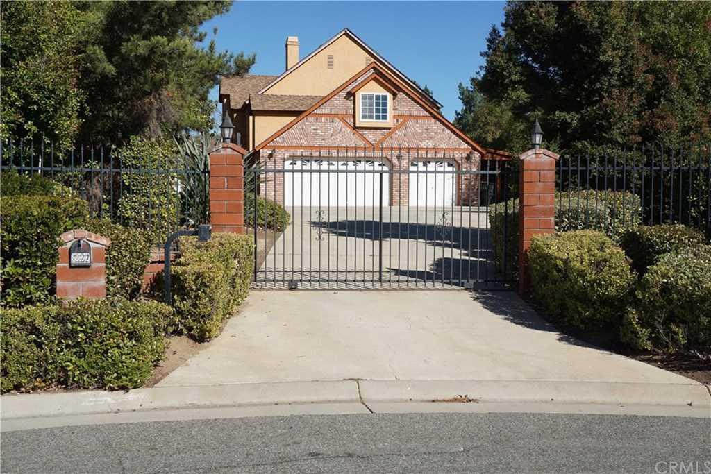 $899,000 - 5Br/4Ba -  for Sale in Riverside