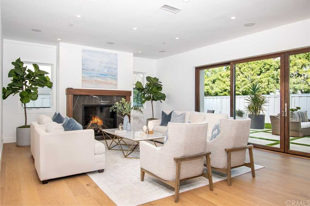 $4,785,000 - 5Br/7Ba -  for Sale in Harbor View Homes (hvhm), Newport Beach