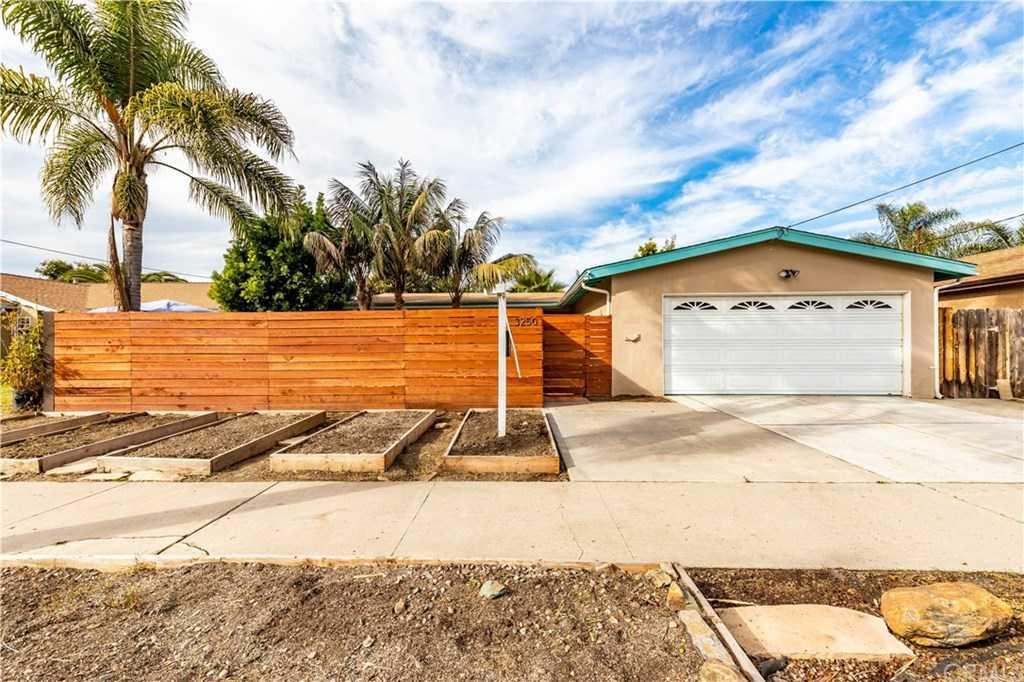 3250 Roberta Lane Oceanside, CA 92054