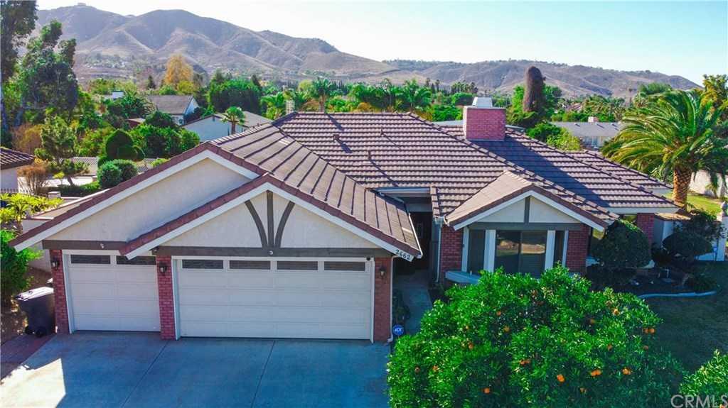 $625,000 - 3Br/2Ba -  for Sale in Riverside
