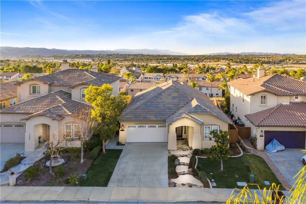 $580,000 - 3Br/3Ba -  for Sale in Temecula
