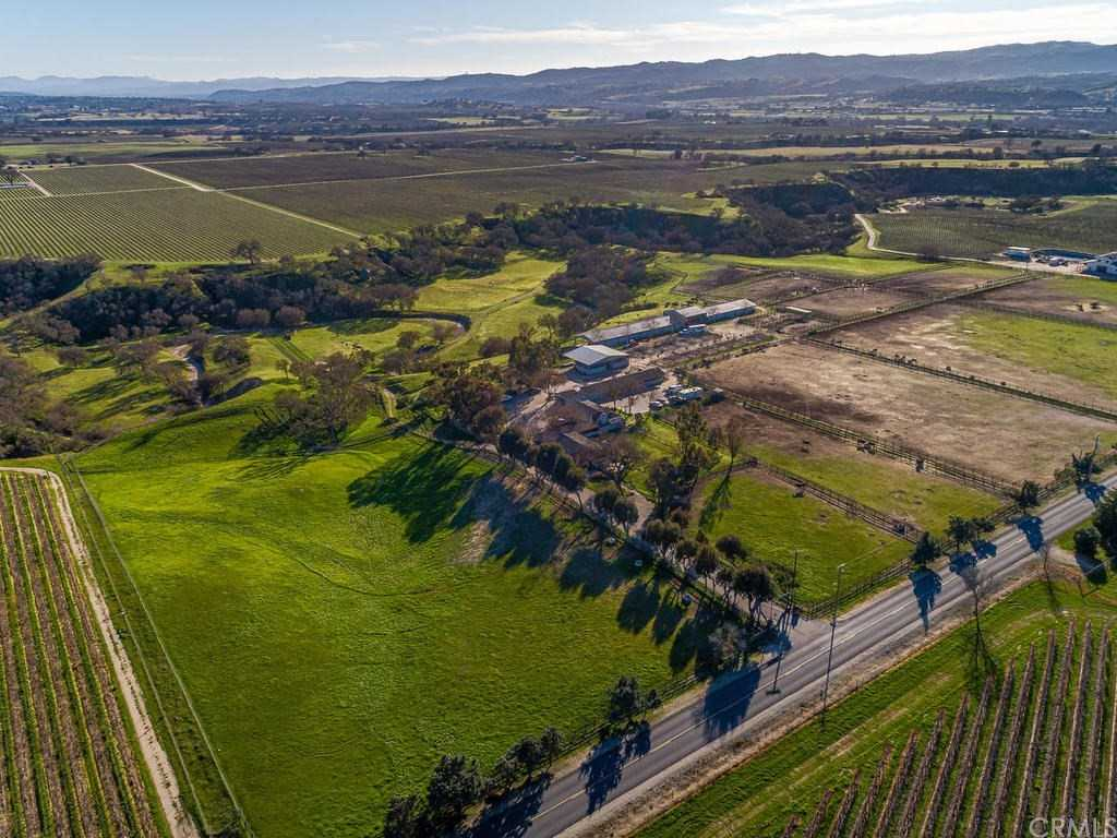 $1,500,000 - 5Br/3Ba -  for Sale in Pr Rural East(170), Paso Robles