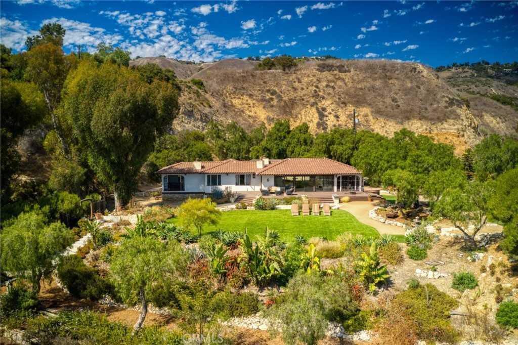 $2,498,500 - 3Br/2Ba -  for Sale in Rancho Palos Verdes