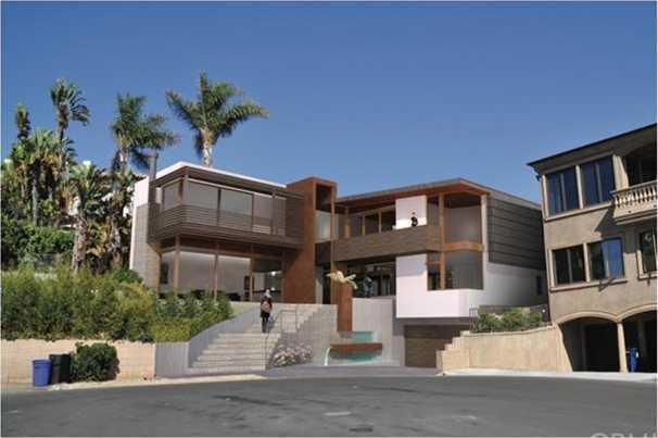 2850 El Oeste Drive Hermosa Beach, CA 90254