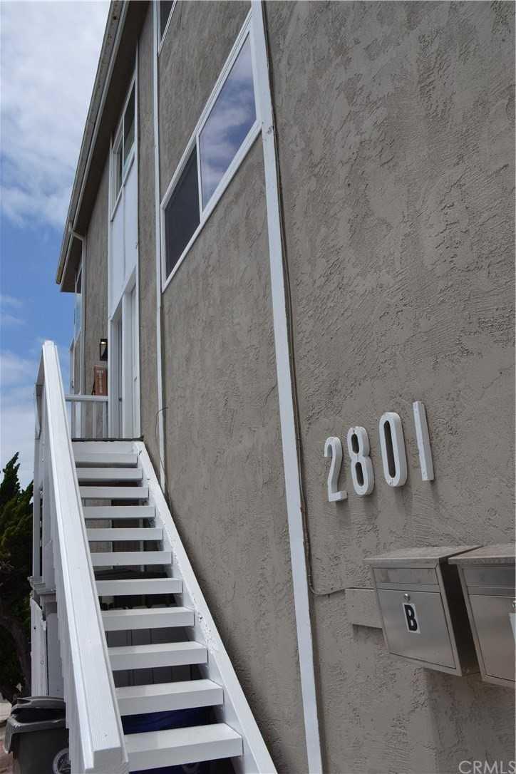 2801 Bayview Drive Unit B Manhattan Beach, CA 90266