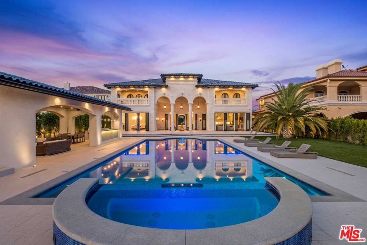 $8,975,000 - 5Br/6Ba -  for Sale in Granada Hills