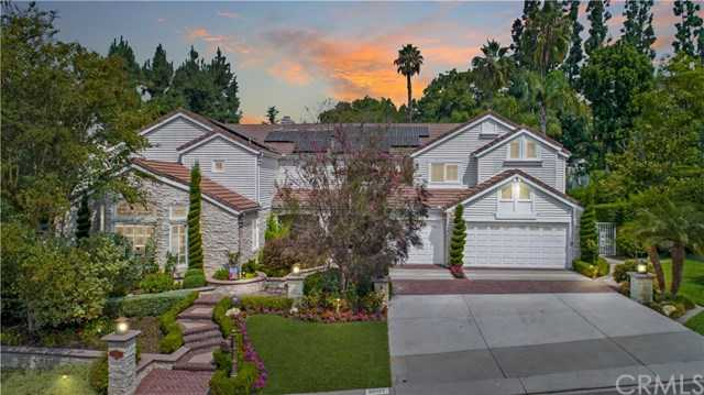 25131 Black Horse Lane Laguna Hills, CA 92653