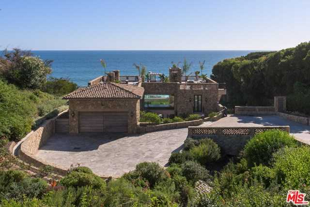$24,500,000 - 4Br/4Ba -  for Sale in Malibu
