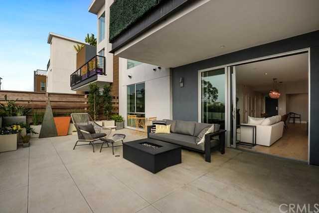 $899,990 - 1Br/2Ba -  for Sale in Redondo Beach