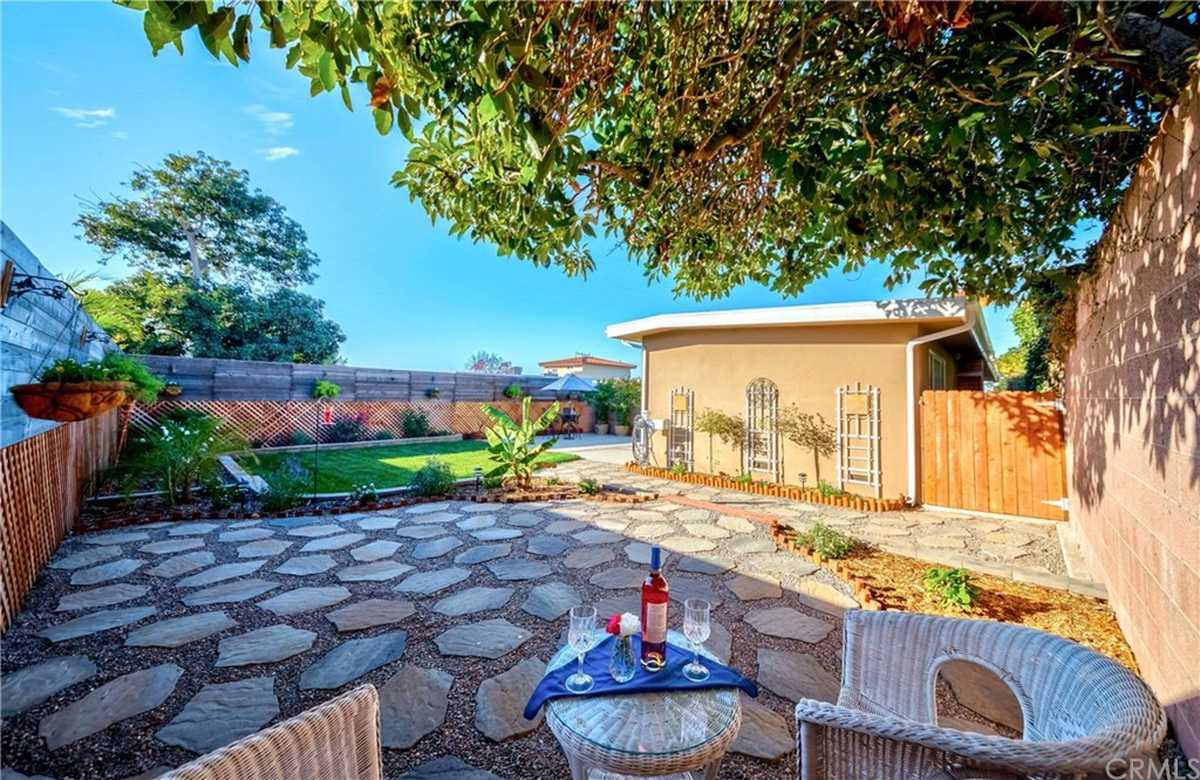 $999,000 - 3Br/3Ba -  for Sale in Torrance