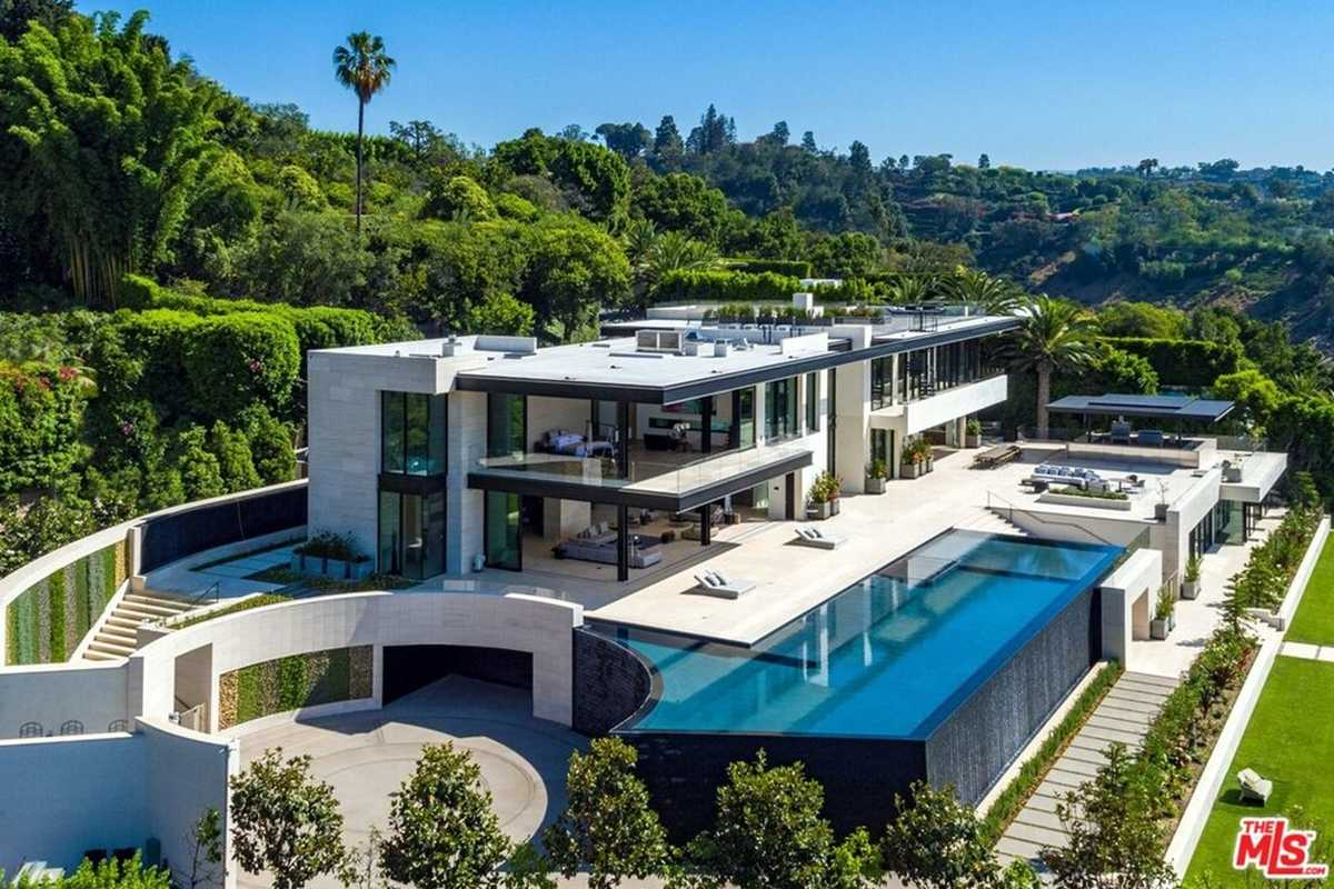 $99,000,000 - 9Br/20Ba -  for Sale in Los Angeles