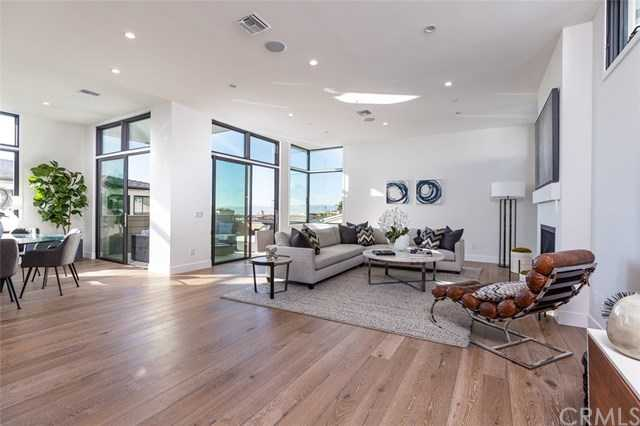$2,599,000 - 4Br/5Ba -  for Sale in Hermosa Beach