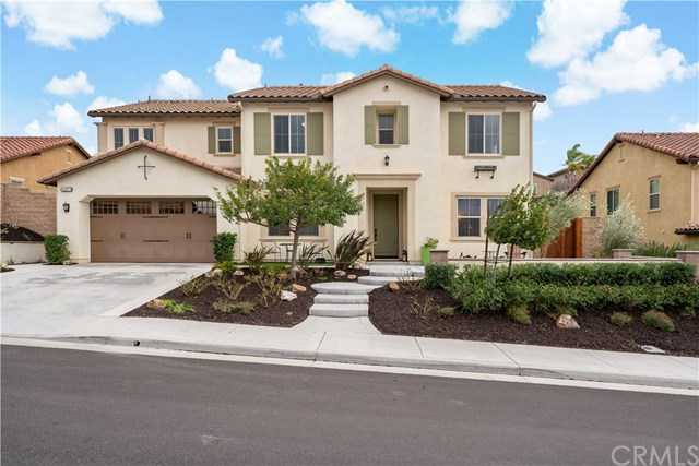 $899,900 - 5Br/4Ba -  for Sale in Temecula