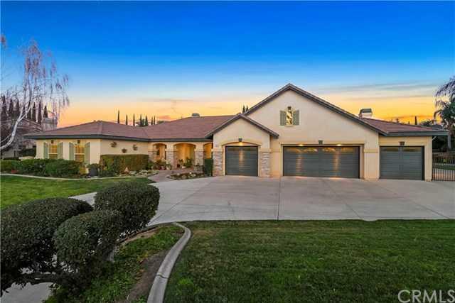 $1,125,000 - 4Br/3Ba -  for Sale in Riverside