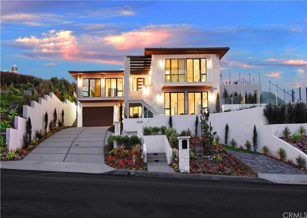 $6,998,000 - 6Br/7Ba -  for Sale in Palos Verdes Estates