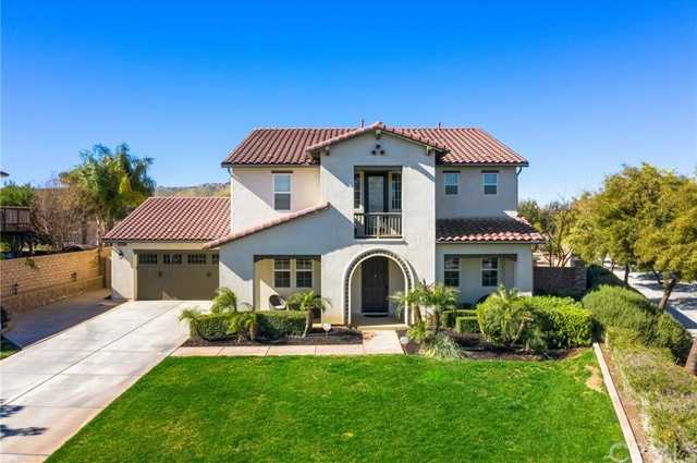 $955,500 - 6Br/4Ba -  for Sale in Riverside