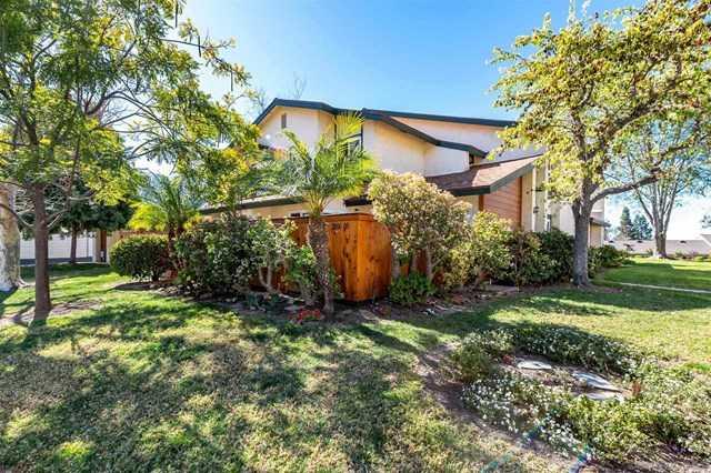 $739,000 - 3Br/2Ba -  for Sale in Encinitas, Encinitas