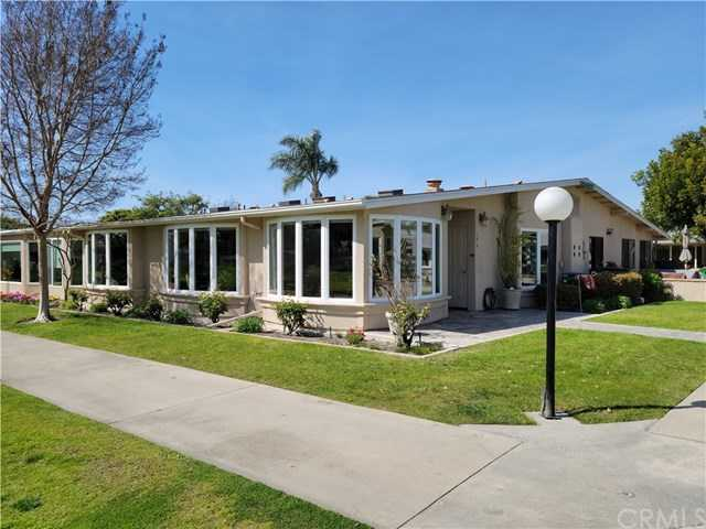 $625,000 - 2Br/2Ba -  for Sale in Leisure World (lw), Seal Beach